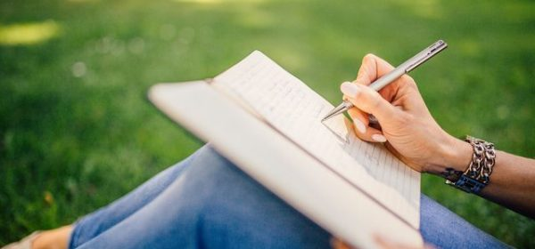 7 Tips for Making Journaling Part of Your Daily Routine To Boost your Success In 2021